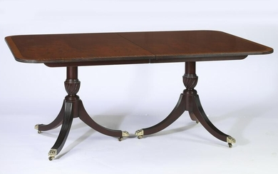 Queen Anne style mahogany dining table w/ 4 leaves