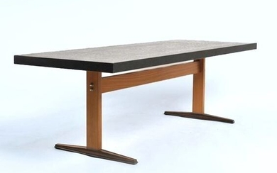 Table, large side or coffee table