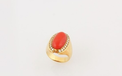 CORAL, DIAMOND AND GOLD RING