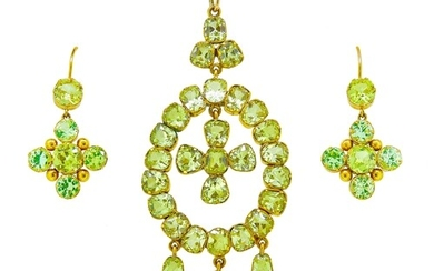 IMPORTANT ANTIQUE CHRYSOLITE PENDANT AND PAIR OF DROP EARRIN...