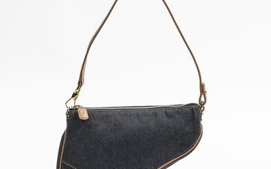 """Christian Dior: """"Saddle Pouch"""" A pouch of blue denim canvas with beige leather trimmings and gold tone hardware – Bruun Rasmussen Auctioneers of Fine Art"""
