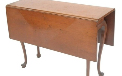 Queen Anne Drop Leaf Table, on cabriole legs ending in