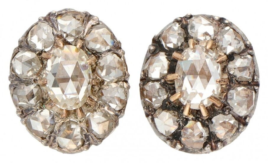 14K. Yellow gold and 925/1000 silver antique earrings set with rose cut diamond.