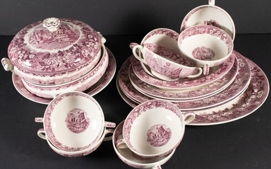 A 114-part Wedgwood Ferrara pattern dinner service consisting of 13...