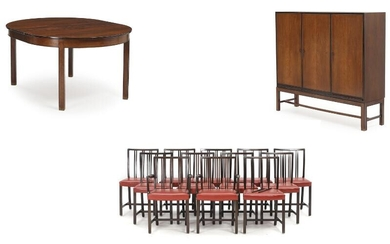 NOT SOLD. Harbo Sølvsten: A walnut and rosewood dining room comprising table, 12 chairs and a cabinet. (20) – Bruun Rasmussen Auctioneers of Fine Art