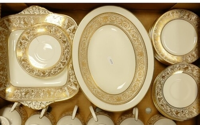 Wedgwood Gold Florentine patterned tea ware together with Ro...