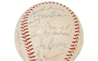 A Vintage 1970 New York Mets Team Signed Autograph