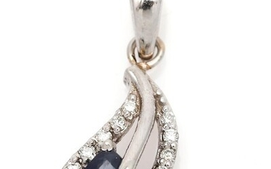 NOT SOLD. A pendant set with a sapphire and numerous diamonds, mounted in 14k white gold. L. incl. eye-let app. 2.4 cm. – Bruun Rasmussen Auctioneers of Fine Art