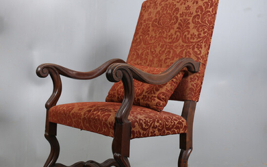 Louis XIV style armchair in walnut, first third of the 20th Century.