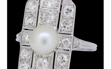 NATURAL SALTWATER PEARL AND DIAMOND RING, set to the center ...