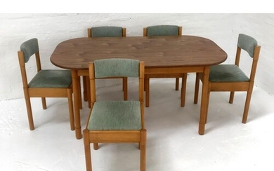 OAK SHAPED TOP DINING TABLE standing on turned supports, 152...