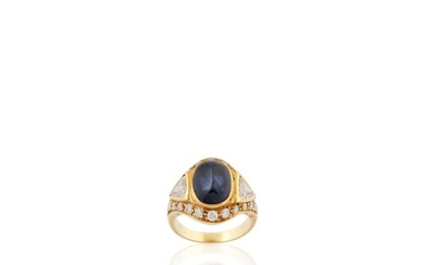SAPPHIRE, DIAMOND AND GOLD RING