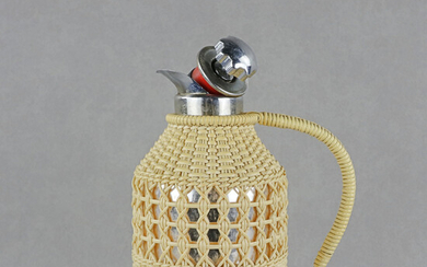 THERMOS, TV jug, around the middle of the 20th century.