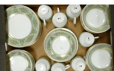 Wedgwood Columbia patterned dinner and tea ware to include: ...