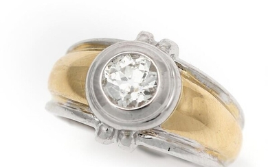 A diamond ring set with an old-cut diamond weighing app. 0.60 ct., mounted in 18k gold and white gold. Size app. 49. – Bruun Rasmussen Auctioneers of Fine Art