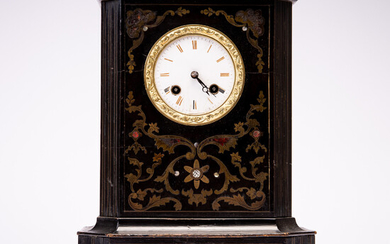 Mantel clock / table clock, wood and brass, France.