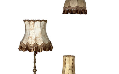 Mixed lot of lamps, parchment shades (3).