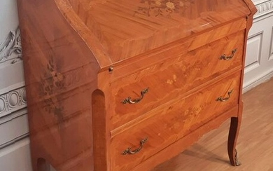 LOUIS XV STYLE MARQUETRY INLAID BUREAU