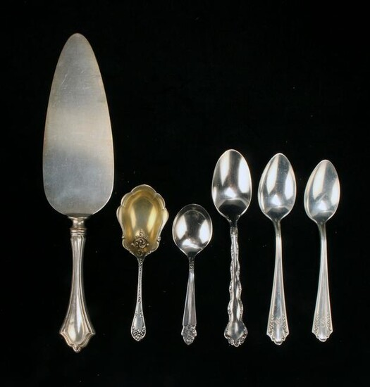 6 PIECES OF STERLING SILVERWARE