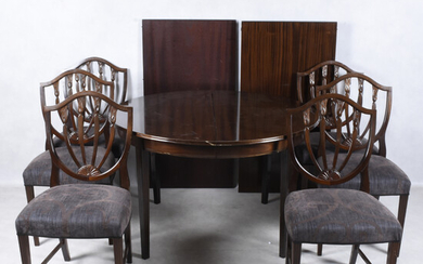 DINING GROUP, 7 parts, mahogany, first half of the 20th century.