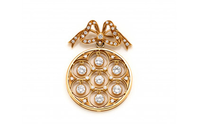 Yellow gold bow brooch with diamonds holding a rose window pendant, diamonds in all ct. 2.00 circa, g 12.33 circa,…Read more